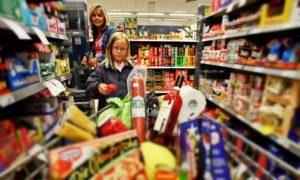 hipermarket-cumparaturi-alimente-supermarket-getty