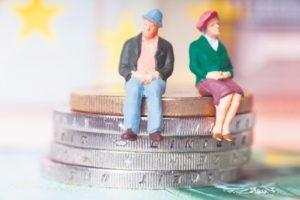 C%C3%A2t+au+rom%C3%A2nii+%C3%AEn+fondurile+de+pensii+private_494567